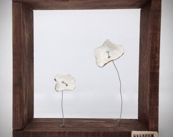 Flowers Nr. 1 - Sculpture Ceramic and wood