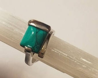 Blue Green Natural Stone Crystal Ring Silver 9 statement ring