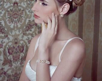 Wedding Pearl Bracelet, Freshwater Pearl Bracelet, Hollywood Wedding, Wedding Bracelet, Bridal Jewelry, Bridal Bracelet, Romantic Wedding