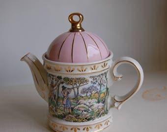 Sadler Vintage Porcelain Hunting Scene Teapot