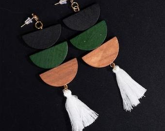 Wooden earrings with white tassels