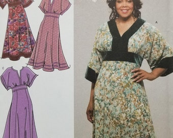 Womens Kimono Sleeve Dress Pattern Simplicity 4050 Womens Size 26W-32W  EUR 52-58 Khaliah Ali Collection Kimono Style with two lengths