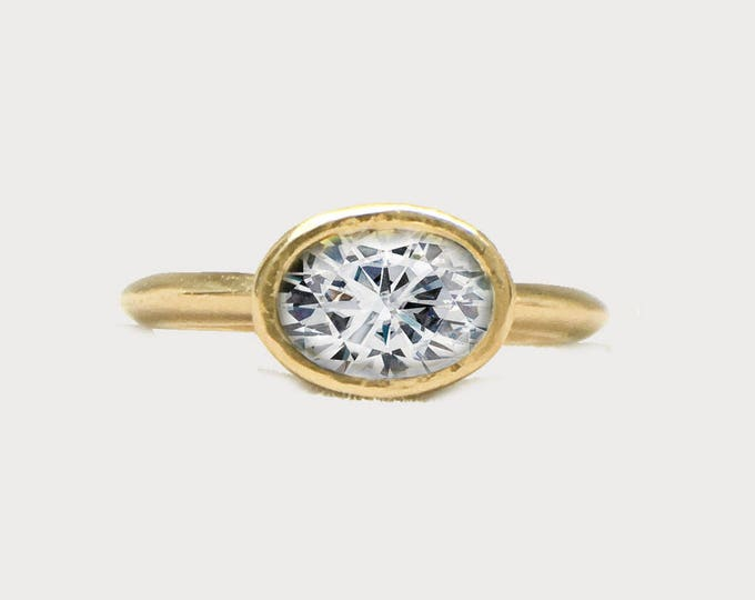 Oval Diamond 14K Yellow Gold Engagement ring