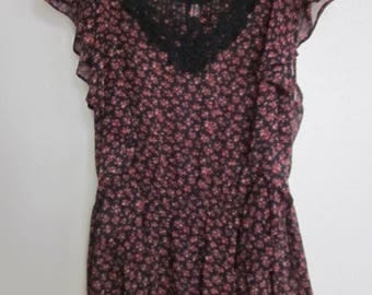 Sheer Black and Red floral lace neck ruffle top sz. S/M