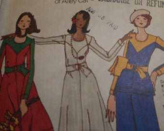 Vintage 1970's Butterick 3287 Betsey Johnson Dress, Tunic and Pants Sewing Pattern Size 10 Bust 32.5