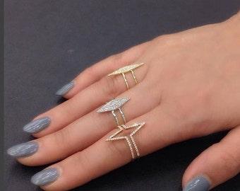 Beautiful 14k Gold Diamond Ring. BXSC55001167