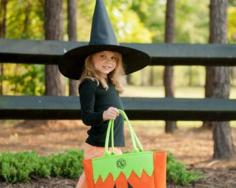 Pumpkin Trick-or-Treat Bag, Kids Halloween Bag, Personalized Halloween Tote, Trick or Treat Tote, Monogram Halloween Bucket, Jackolantern