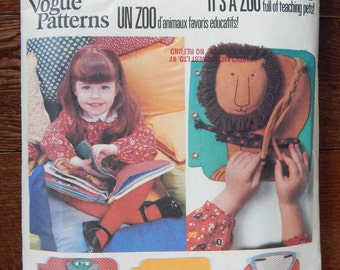 Fabric Learning Book Sewing Pattern for Children/ Its At The Zoo Vogue 1959/511/ Amys Book Cloth teaching animals braid zipper tying   Uncut
