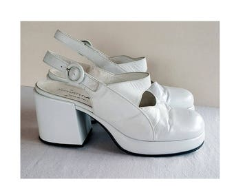 90s does 60s White Platform Pumps with Buckle