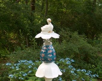 Lovely Duck Garden Stake