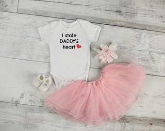 I Stole Daddy's Heart / Daddy's Girl / Baby Shower Gift / Baby Girl Gift / Coming Home Outfit / Funny Onesie / Custom Onesie / Onesie