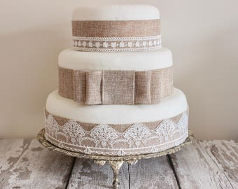 Vintage Lace Hessian Cake Topper Set Burlap Bow
