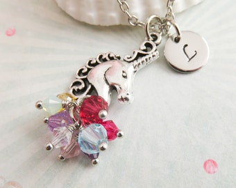 Personalized unicorn necklace, initial charm necklace, unicorn jewelry, girlfriend gift, eenhoorn ketting, gift for her