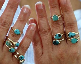 Boho rings, Turquoise, December Birthstone Ring, Turquoise Nugget Ring, Raw Stone Stacking Ring, Turquoise Ring,Organic Ring,Solitaire Ring.