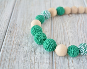 Nursing necklace with wooden beads - Crochet teething necklace for breastfeeding & babywearing mom