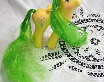 "My Little Pony  ""Wind Drifter"", My Little Ponies, G1 Flutter Pony, MLP G1, Hasbro Toys, Flutter Ponies, Yellow Pegasus wt Wind Mill, 1987"