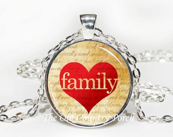 Family in Heart-Glass Pendant Necklace/Graduation gift/mothers day/Easter gift/Gift for her/girlfriend gift/friend gift/birthday gift