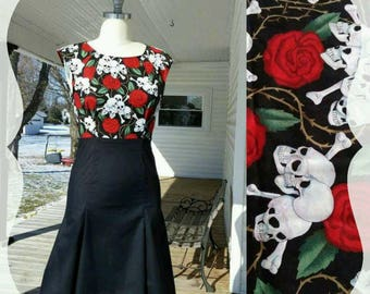 Retro Dress 50's  1950s Roses w/ skulls Vintage Pattern Pin up Day of the Dead Skeletons Retro