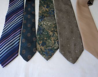 REDUCED - Five French vintage assorted neck ties (03186)