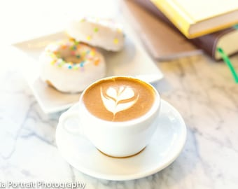 Coffee and doughnuts Stock Photography