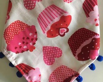 Dog Bandanas/ Mexican Dog Bandanas/ Cucpakes & heart bandanas/ Bandanas/ Valentine's bandanas/ Valentine's Day dog bandana