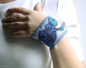 Wide bracelet, blue and white Cuff Bracelet