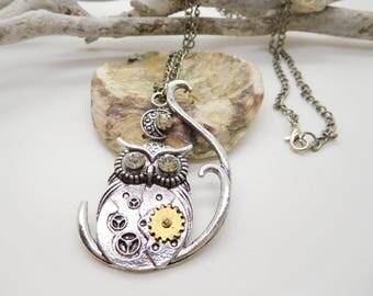 Steampunk OWL pendant metal 2 colors + rhinestones / OWL necklace