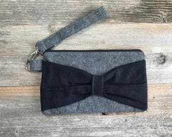 Bow Wristlet- Black and Gray Linen- Detachable Wrist Strap- Date Night- On The Go- Date Night