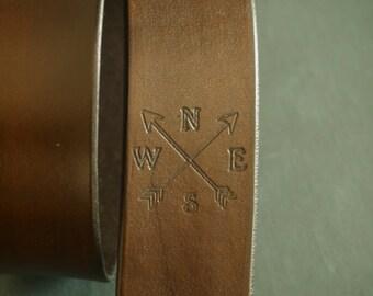 Unique Leather Camera Strap, Custom Camera Strap, Leather Camera strap, Crossed Arrows with Initials, Personalized Leather Camera Strap
