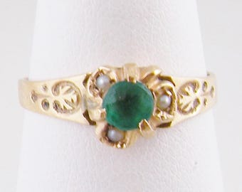 ANTIQUE VICTORIAN EMERALD  Gold with Seed Pearls Ring