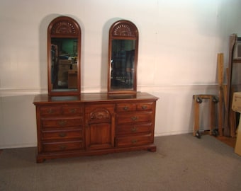 Link Taylor Solid Cherry Dresser With Mirrors