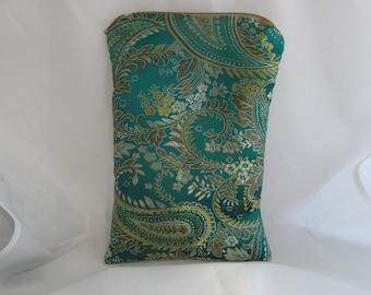 Brocade Tarot Card Bag Dark Green and Gold Satin Lining and Zipper Dice Makeup Cosmetics Jewelry Pouch Fancy