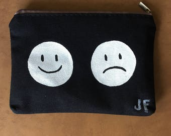 Smiley Frowny Makeup bag (black)