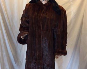 Vintage Davison's Long Full Length Brown Mink Fur Coat Jacket with Wide Sleeves - Glamorous Showstopper!