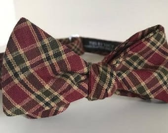 Green and Red Tartan Plaid Bow Tie