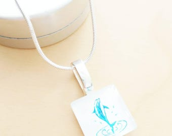 CLEARANCE! Dolphin necklace