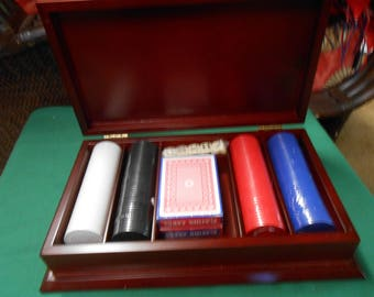 NEW-POKER Set in Wood Box
