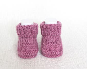Mauve Booties Baby Slippers Baby Girl Booties Hand Knit Booties, Mauve Crib Shoes New Baby Gift Baby Shower Baby Clothing Woollen Booties