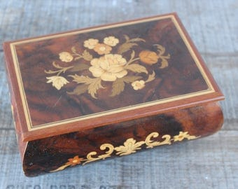 "Vintage Reuge Inlaid Wood Music Box Swiss Musical Movement ""Torna a Surriento"""