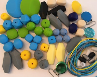 Food grade silicone pendants mix lot. Wholesale