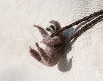 Needle felted sloth necklace, wool pendant, sloth gift, polymer clay sloth, animal necklace, totem sloth, christmas sloth, party gift