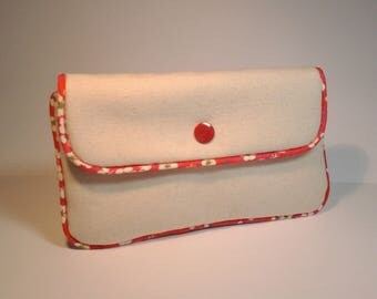flat pocket with flaps Ecru canvas liberty pink and red piping
