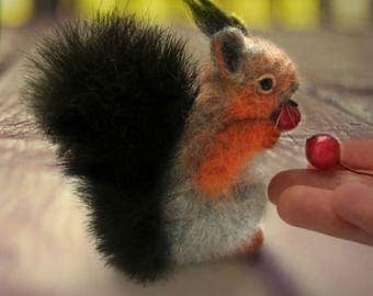 squirrel brooch needle felting.
