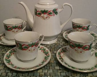 ON SALE Sango Noel Porcelain Hotpot with Four Cups and Saucers