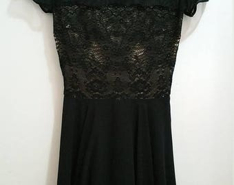 ON SALE Kay Unger  Size 6 Lace Overlay.