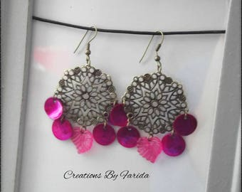 Stud Earrings in antique bronze with a stamp and 4 Pearly fuchsia sequins