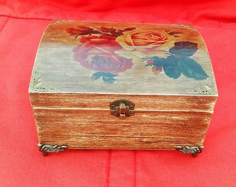 Box with roses,Jewelry box,Decopage box, Furniture box, Gift box, Decorative box, Wooden box, Vintage jewelry box, Keepsake box, Custom box