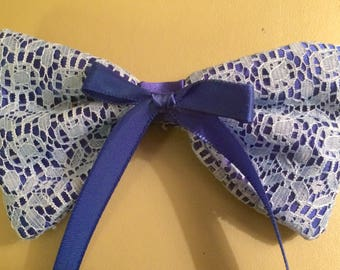 The Queen's Lace Sapphire Hair Bow