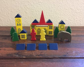 Colorful Wooden Building Blocks / Vintage Toy / Erzgebirge Style House / 25 Total Pieces