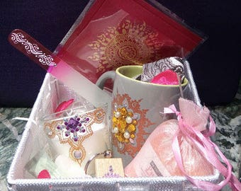 White care gift set for Valentine's day, mother's day, birthday beauty...